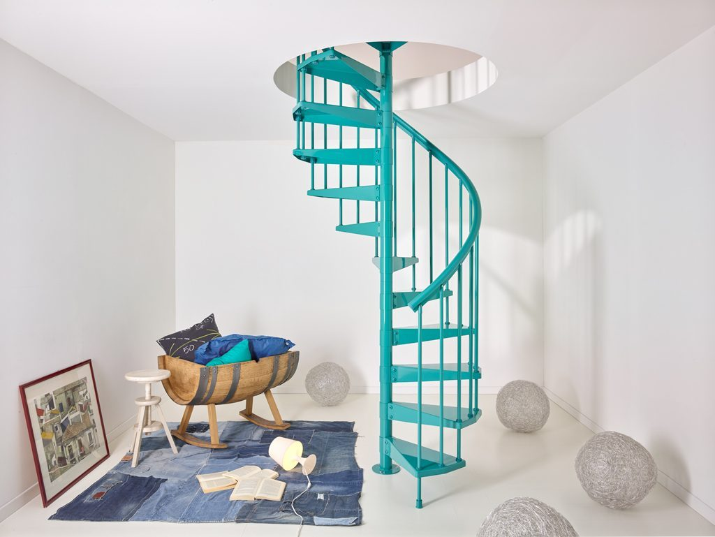 clip metal staircases