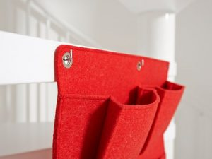 red wall pocket